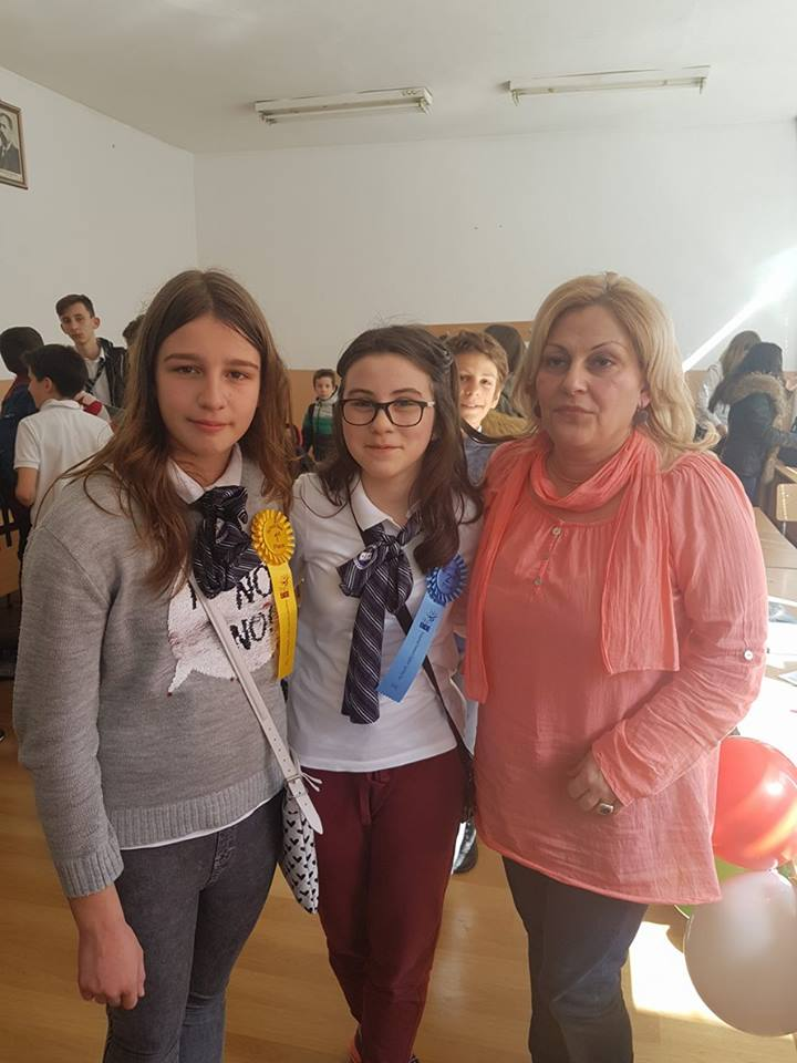 ПМГ, Благоевград, Ева Тюлекова и Ивана Сечкова